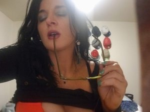 Liyanna shemale call girl in Lemont IL